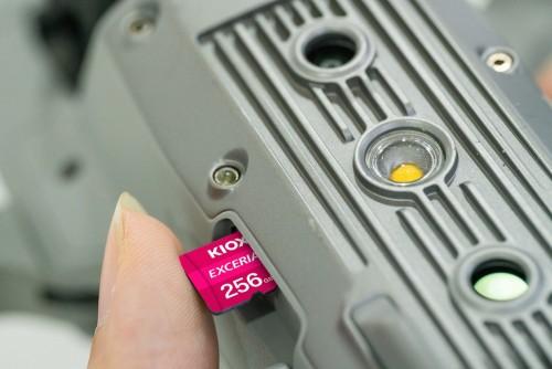 4K视频轻松拍 铠侠极至光速系列TF卡记录超美画质