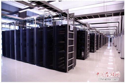 华为首家实证拥有40PB超大存储容量扩展能力