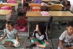 小学生打坐代午睡 校长:可提升潜能