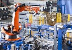 中国工业机器人:挑战与机遇共存