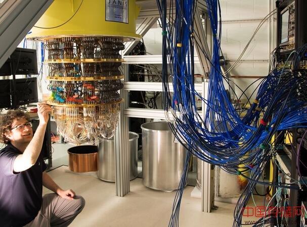 谷歌构建低温、低耗芯片用于量子计算规模扩大