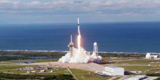 SpaceX希望以360亿美元的估值筹集约2.5亿美元
