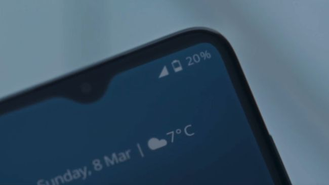 诺基亚5G新机亮相詹姆斯·邦德电影《无死之年》,两天续航时间