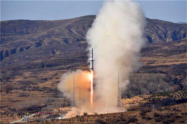 """中国成功发射一箭十三星,包括首颗6G试验卫星""""天雁05""""号"""